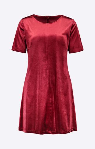Julia - mekko punaisena